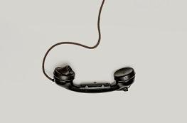 Telefon wsparcia, ośrodki pomocy i anonimowe forum